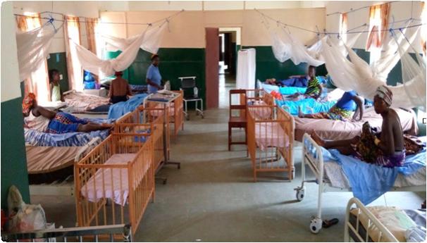 busy maternity ward in Rotifunk, Sierra Leone